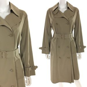 Vintage Beige Double Breasted Trench Coat 🌟